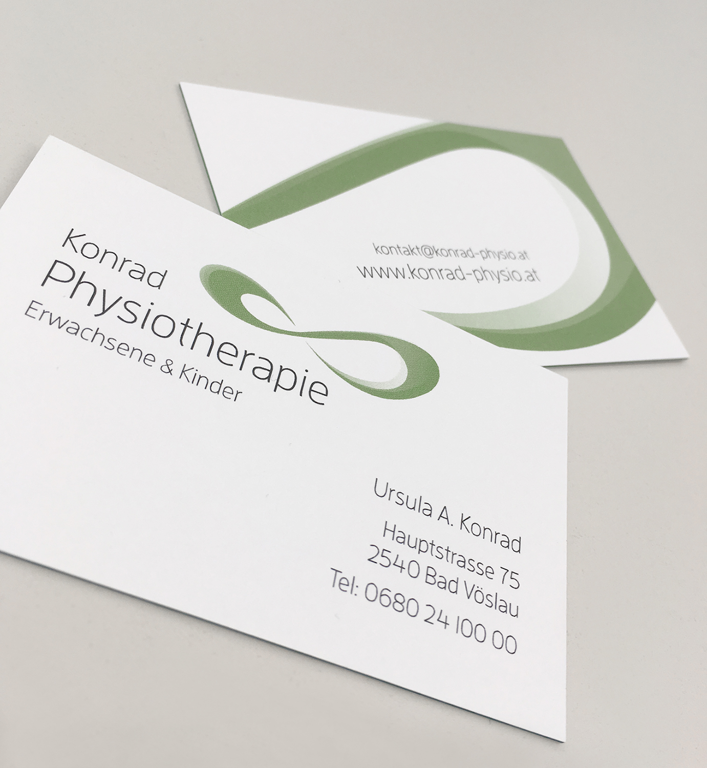Konrad - Physio - Business Cards